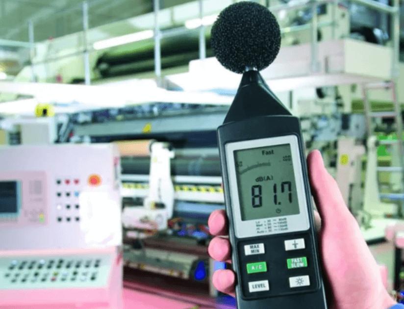 Измерение шума оборудования в компании Сфера технической экспертизы