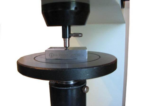 Определение твердости металла от компании «Сфера технической экспертизы»